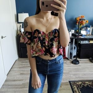 Stone Cold Fox Off The Shoulder Floral Crop Top XS